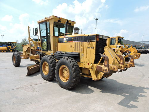 Nivelleermachine  Caterpillar 140H